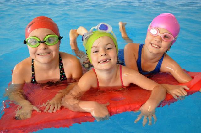 Plavecký tábor v SOŠ E. Belluša v TN